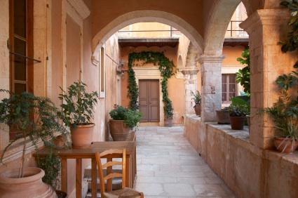 Travel to beautiful Crete