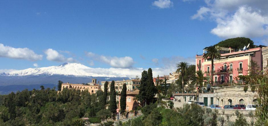 Women-only small group Sicily, Italy tour: Taormina, Syracusa, Noto